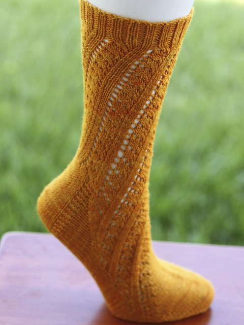 http://www.ravelry.com/patterns/library/ardelis