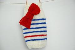 Jersis marineros con lazo (Buen perrito) Tags: wool sweater merino suter withribbon sweaterfordog jerseyparaperro