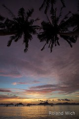 El Nido (Rolandito.) Tags: sunset mountain mountains beach silhouette palms asia south philippines el palm east limestone southeast karst nido pilipinas palawan philippinen