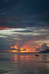 Navegando (dvk!) Tags: sunset polynesia tahiti polinesia frenchpolynesia polinesiafrancesa