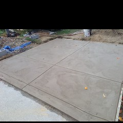 "Designer Concrete Apron • <a style=""font-size:0.8em;"" href=""http://www.flickr.com/photos/76001284@N06/10656513283/"" target=""_blank"">View on Flickr</a>"
