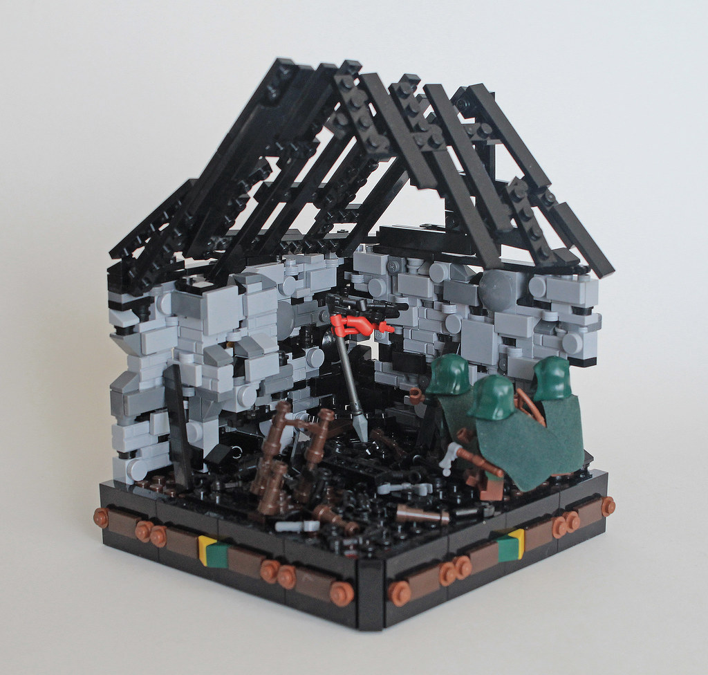 The Worlds Best Photos Of Burned And Lego Flickr Hive Mind Burnt Fuse Box Home Lcc Charred Ruins Digger1221 Tags House Man Castle Classic Forest Gold