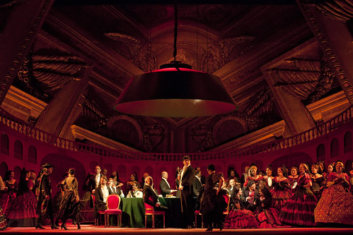 How to Stage an Opera: tradition and transformation in La traviata