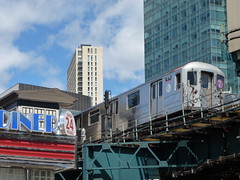 201404085 New York City subway station 'Court Square' (taigatrommelchen) Tags: city nyc newyorkcity railroad urban usa ny newyork building train subway railway icon queens transit mta elevated mass r62a 20140417