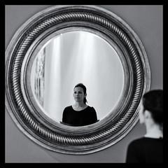 Jetzt geht's rund (FriendFisherman) Tags: portrait blackandwhite bw white black face mirror nikon df gesicht f14 spiegel sw 58mm schwarz weis schwarzweis