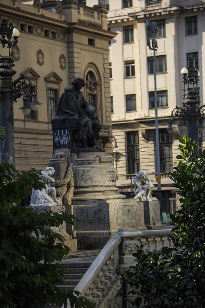 Tour Centro Histórico de São Paulo - Estátua Carlos Gomes na praça Ramos de Azevedo