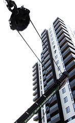 Byggekran fjernes p Ceresgrunden. 19. maj - eftermiddag. Foto: Per Ryolf (perryolf) Tags: bms kran aarhus ceres byggeri byggeplads byggekran mobilkraner byggekraner photoperryolf ceresgrunden cerespanorama krllkraner krangrden krllcranes