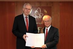 Rolf Stalder (01410751) (IAEA Imagebank) Tags: switzerland diplomacy protocol credentialsambassador rolfstalder
