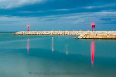 Senigallia harbor entrance (Mauro Taraborelli) Tags: winter red sea italy lighthouse harbor europe mediterranean afternoon marche senigallia adriatic ancona nikond7000 tenset