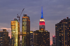 r_160528364_beat0033_a (Mitch Waxman) Tags: newyorkcity newyork hunterspoint empirestatebuilding chryslerbuilding longislandcity manhattanhenge eastrivershoreline liclanding