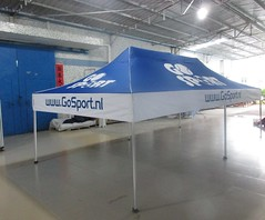 Quick Folding Tent - Go Sports.nl