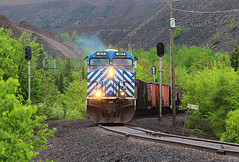 Spring Green and Blue Birds (view2share) Tags: railroad travel trees mi train spring iron track michigan transport may tracks rail railway rr trains roadtrip junction signals transportation rails hematite upperpeninsula signal ore freight taconite northwood railroaders springtime railroads lease northwoods ironore freighttrain lsi magnetite uppermichigan tailings 2016 railroading cefx freightcars northernmichigan jct ironrange marquettecounty negaunee tailing freightcar rring leaser trackage ac4400cw oretrain lakesuperiorishpeming cefx1015 ironorepellets marquetterange marquetteironrange orepellets empirejct may2016 deansauvola may292016