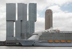 Harmony Of The Seas (mennomenno.) Tags: rotterdam thenetherlands grootstecruiseschip lenght362metres 5496passengers