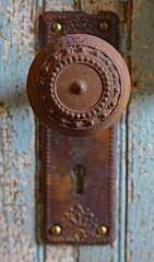 Vintage Door Knob (ertolima) Tags: macro vintage antique rusty hmm anythinggoes repurposed reused macromondays