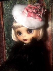 Toy-in-the-Frame Thursday & Blythe-a-Day June 18: Upside Down: Daisy Buchanan