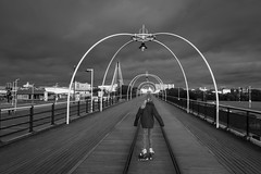 A free run (tabulator_1) Tags: blackwhite southport southportpier