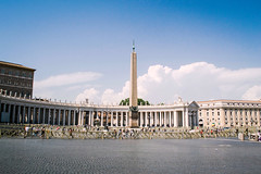 Piazza San Pietro (Happily Pale Faces) Tags: city travel italy rome architecture photography nikon explore photograph sanpietro