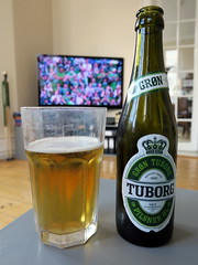 nirger (s_st) Tags: paris verde green beer germany deutschland football fussball euro soccer cerveza northernireland bier cerveja grn birra allemagne futebol uefa gomez fodbold tuborg biere calcio onfire pivo norniron l 2016 grn nanananananana willgrigg