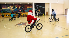 IMG_5551edit (Philadelphia Parks and Recreation) Tags: santa family winter holiday kids event giveaway adults westphilly pinkbike district8 pumptrack carouselhouse sharetheride