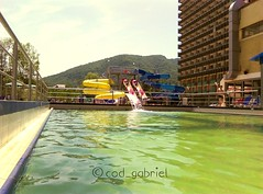 2016-06-23_09-50-27 (cod_gabriel) Tags: resort swimmingpool huawei statiune călimăneşti călimăneşticăciulata vâlcea tobogane piscină căciulata vîlcea stațiune speedsurfer speedsurfertelekom huaweispeedsurfer
