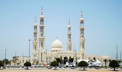Landmark design (gordontour) Tags: modern architecture building design rasalkhaimah rak uae unitedarabemirates sheikhzayedmosque