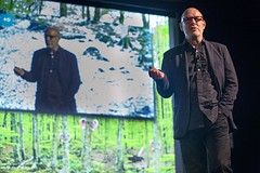 "Brian Eno - Why We Play conference - Sónar 2016 - Jueves - 1 - M63C7967 • <a style=""font-size:0.8em;"" href=""http://www.flickr.com/photos/10290099@N07/27693126146/"" target=""_blank"">View on Flickr</a>"