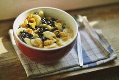 29.06.2016 (nnnnikt) Tags: summer sun breakfast vegan banana cornflakes blueberries veganmeal vegandiet vanillamilk vegnfood