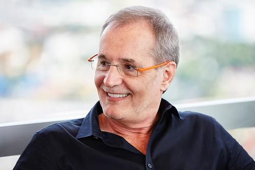 Walter Longo, Abril(AN)_04