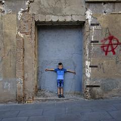 2016.06.21 (maximorgana) Tags: blue wall cross dirty jeans shorts cartagena polo juanjo crucified trashbit