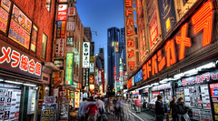 Japanese Shopping Alley (DILLEmma Photography) Tags: street japan shopping tokyo shinjuku exposure nightshot sony billboard led f828 hdr bic