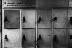 No Refund (Al Fed) Tags: lockers keys no eur refund sv wilhelma 20130425 photospaziergang