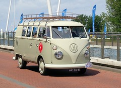 "AR-38-81 Volkswagen Transporter kombi 1967 • <a style=""font-size:0.8em;"" href=""http://www.flickr.com/photos/33170035@N02/9067670266/"" target=""_blank"">View on Flickr</a>"