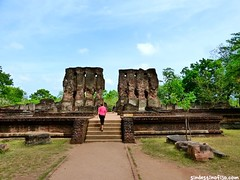 "Ruinas de Polonnaruwa • <a style=""font-size:0.8em;"" href=""http://www.flickr.com/photos/92957341@N07/9166520802/"" target=""_blank"">View on Flickr</a>"