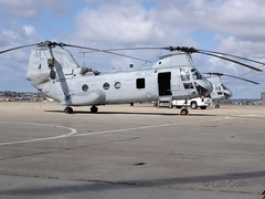 """CH-46E (2) • <a style=""""font-size:0.8em;"""" href=""""http://www.flickr.com/photos/81723459@N04/9728005197/"""" target=""""_blank"""">View on Flickr</a>"""