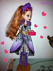 Ever after high (mon monde a moi il n'y aurait que des divagations) Tags: pink fleurs high doll barbie after ever rapunzel fille mattel rousse ♡ poupée réponse ♡♡ ♡♡♡ everafterhigh