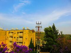 Karmiel, Israel (zingeramit263) Tags: blue sun building green yellow canon israel outdoor karmiel sx710hs