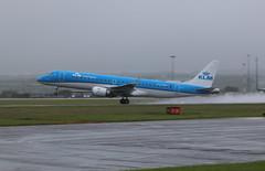 PH-EZD wet take off. (aitch tee) Tags: wet weather aircraft spray klm takeoff airliner embraer walesuk cardiffairport e190 phezd maesawyrcaerdydd cwlegff