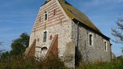 P1140065 (De Tuinen van Servaas en Dorothe) Tags: buiten restauratie kapel schade voorgevel zijgevel