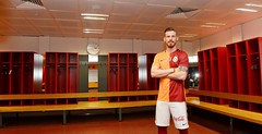 Serdar Aziz (l3o_) Tags: galatasaray sar krmz red yellow transfer football futbol serdar aziz