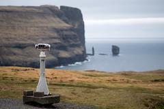 Look out, Faroe Islands (Sunny Herzinger) Tags: travel sea cliff rock view north vista fo faroeislands risin eiiskollur eii eysturoy kellingin fujixpro2