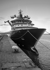 L'Abeille Libert (Rgis Corbet) Tags: france port boat europe harbour tugboat normandie bateau fr manche fra bassenormandie remorqueur cherbourgocteville