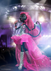 Boo yeah! ... Scare yeah! (PruchanunR.) Tags: monster high doll noir mattel catty