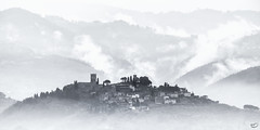 Buggiano Castello (art180) Tags: morning italien italy mountains silhouette fog dorf village nebel hill berge landschaft morgen hdr toskana tuscan hgel art180 christianmichelbach