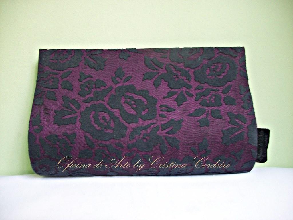 e7b3ed52d0 Bolsa Clutch Uva com Renda Preta (cristina cordeiro) Tags  arte artesanato  clutch bolsa