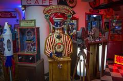 Kilroy's Slot Machines (bryanscott) Tags: minnesota unitedstates minneapolis twincities
