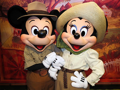 Mickey and Minnie Mouse (meeko_) Tags: mickey minnie mouse mickeymouse minniemouse characters disneycharacters adventurersoutpost discoveryisland disneys animal kingdom disneysanimalkingdom themepark walt disney world waltdisneyworld florida