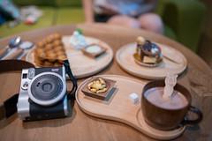 AST_1281 (Astiapix) Tags: classic 35mm polaroid cafe nikon fuji f14 sigma dg | instax hsm a mini90 d800e