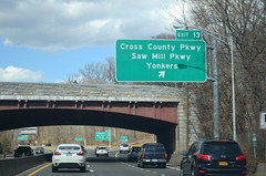 DSC_0825 (I.C. Ligget) Tags: road county new york city nyc signs green sign river big cross state bronx dot mount parkway transportation freeway interstate expressway vernon department nys hutchinson interchange bruckner 678 nycdot nysdot i678