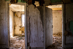 397 (The Dying Light) Tags: abandoned abandonedbuilding abandonedhouse abandonedhome urbex urbanexploration forgotten decay derelict rust ruin urbexphotography canon canont3 jdavidphotography jdavidphotos weatherchannel travel weatherchanneltravel cnntravel