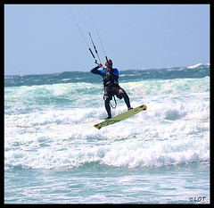 Salinas 26-04-2014 (17) (LOT_) Tags: kite flickr waves photographer wind lot asturias spot kiteboarding kitesurfing salinas jumps pkra element2 switchkites asturkiters nitro3